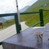 En kaffe på cafèen rett nedenfor toppen