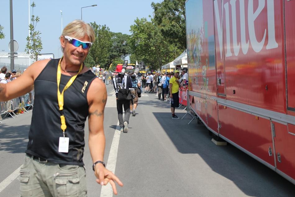 Geir i området sammen med rytterne i Tour de France